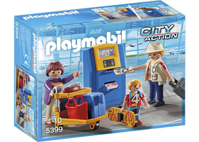 Playmobil Familia haciendo check in automático playmobil